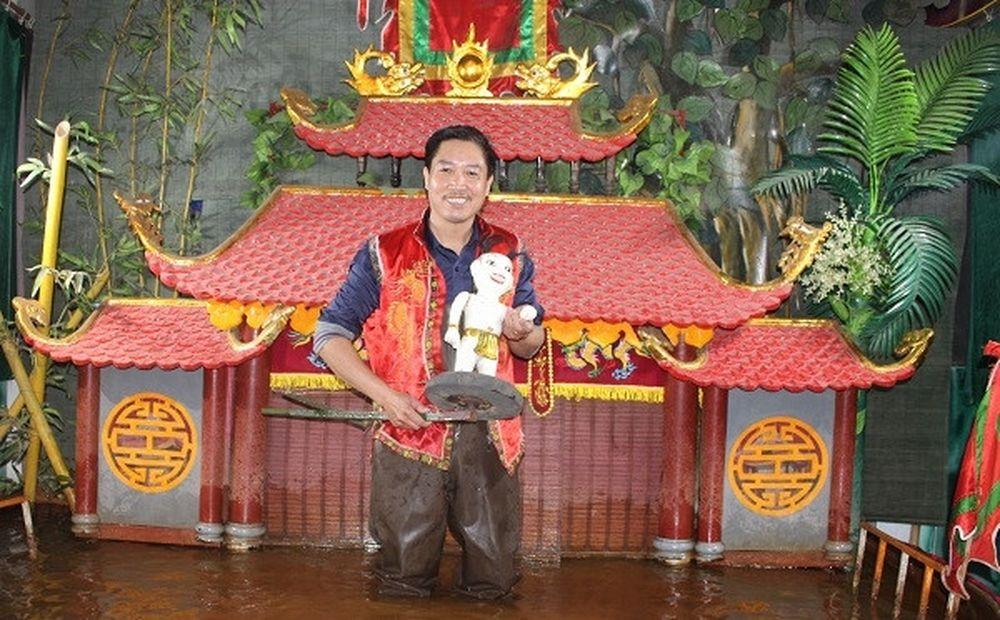Nghệ sĩ Phan Thanh Liêm giới thiệu múa rối nước cổ truyền tại Hàn ...