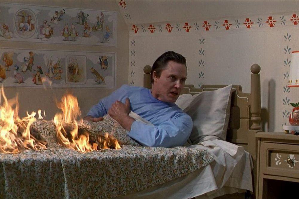 The Dead Zone (1983): Johnny Smith là người giáo viên bị hôn mê suốt 5 năm  sau một tai nạn khủng khiếp. Tỉnh dậy, anh thấy mình sở hữu khả năng đặc  biệt ...