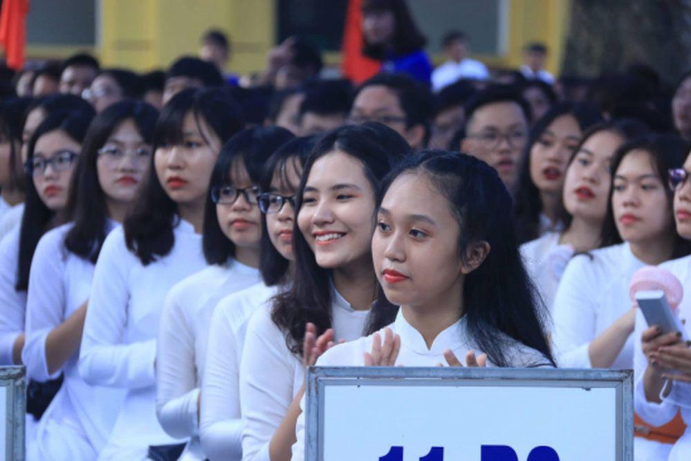 Nhiều Lãnh Đạo Đảng, Nhà Nước Đã Tới Dự Lễ Khai Giảng Năm Học Mới, Chung  Vui Cùng Học Sinh, Sinh Viên Trên Toàn Quốc.