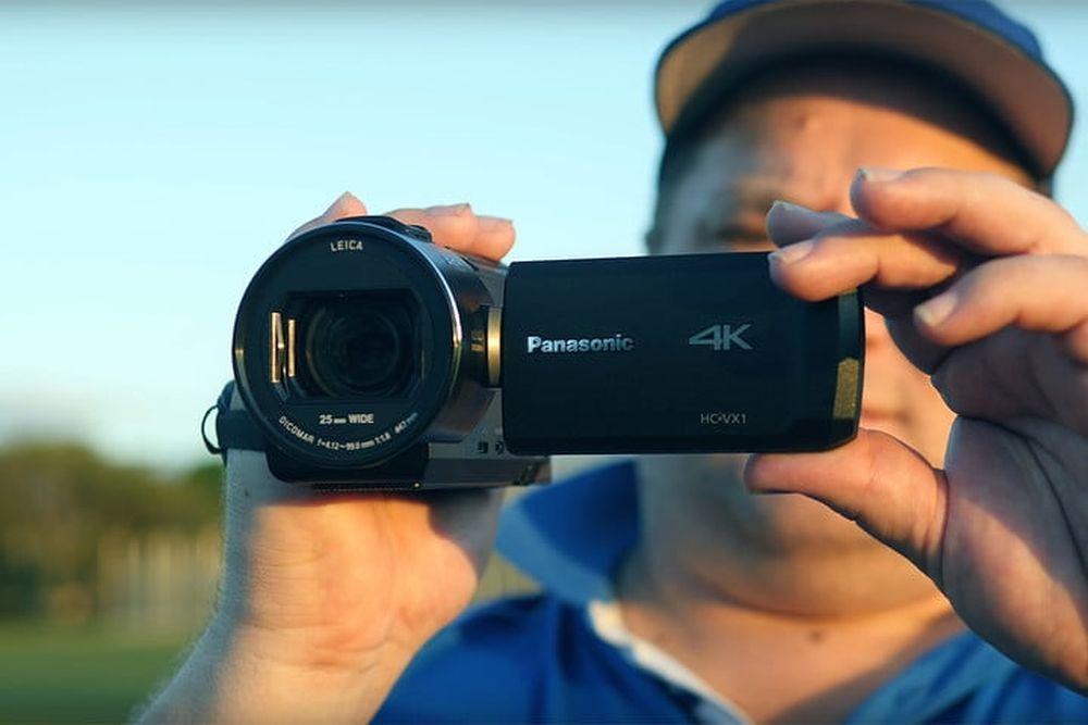 Máy Quay Panasonic Hc-Vx1 Có Độ Phân Giải Cao, Ống Kính Zoom Sáng Và Ba Chế  Độ Ổn Định Khác Nhau Cho Hình Ảnh Mượt Mà.