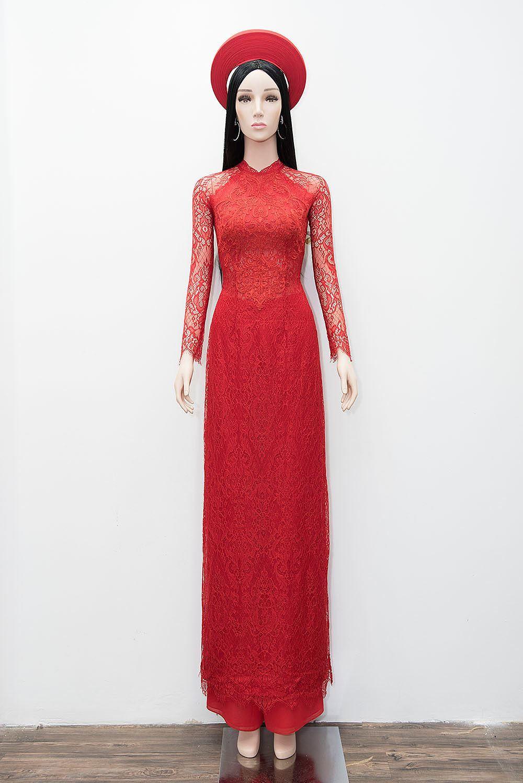 Hé lộ áo dài cưới đỏ rực Nhã Phương mặc trong lễ rước dâu sáng nay
