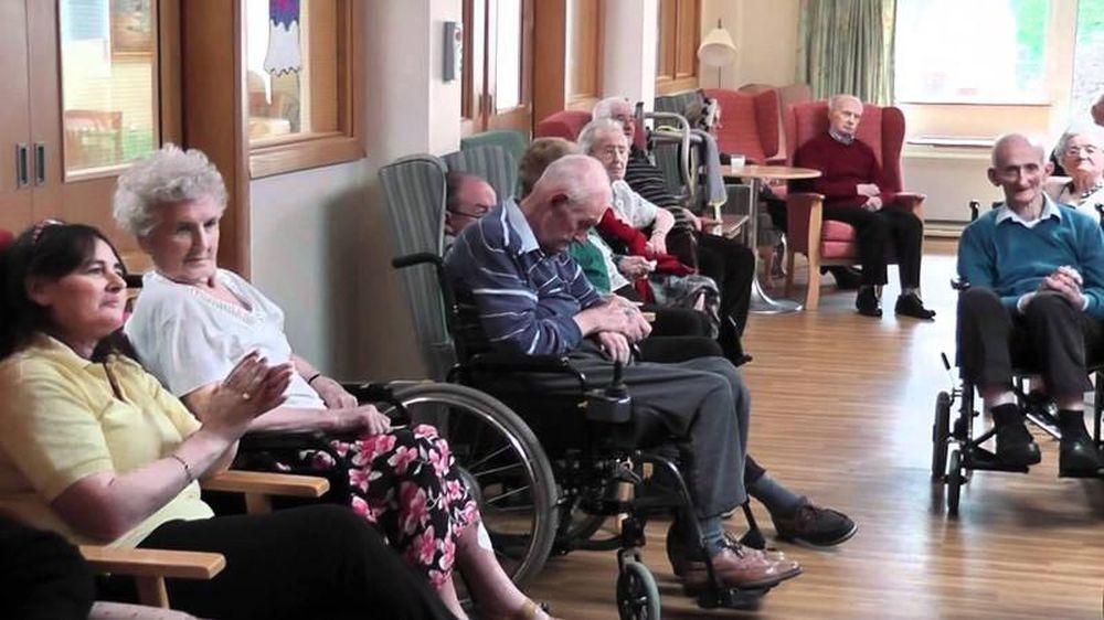 Kết quả hình ảnh cho kiểm tra viện dưỡng lão úc