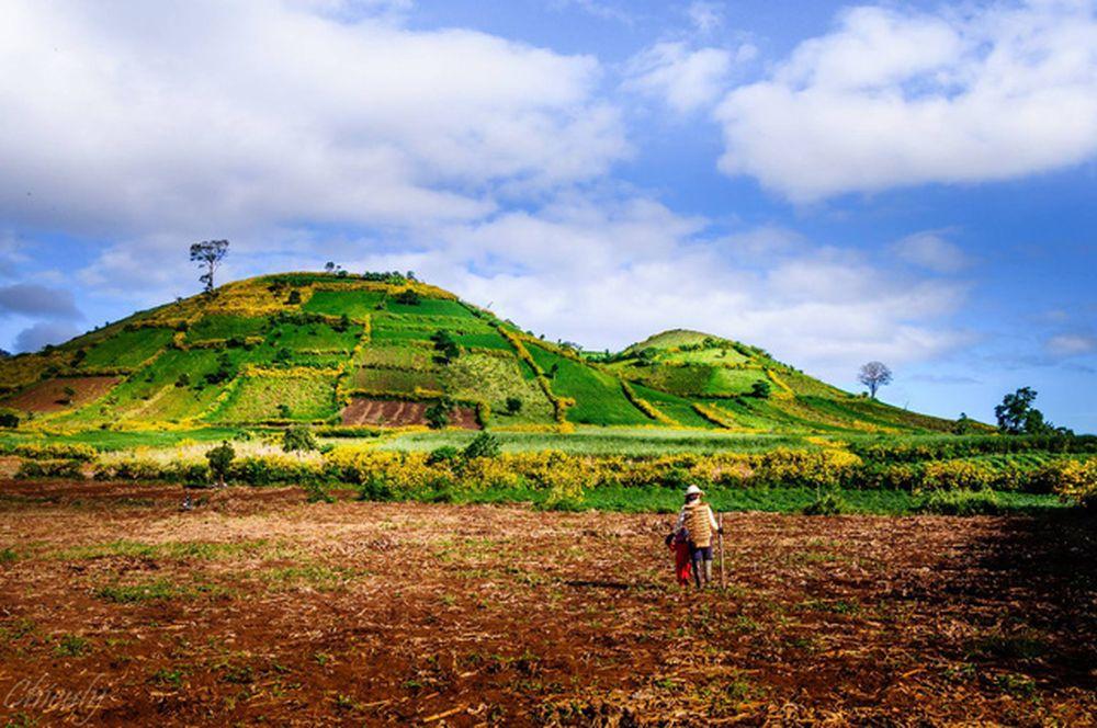 Ngắm vẻ đẹp hùng vĩ của ngọn núi lửa Chư Đăng Ya - BDSSAIGON.ORG