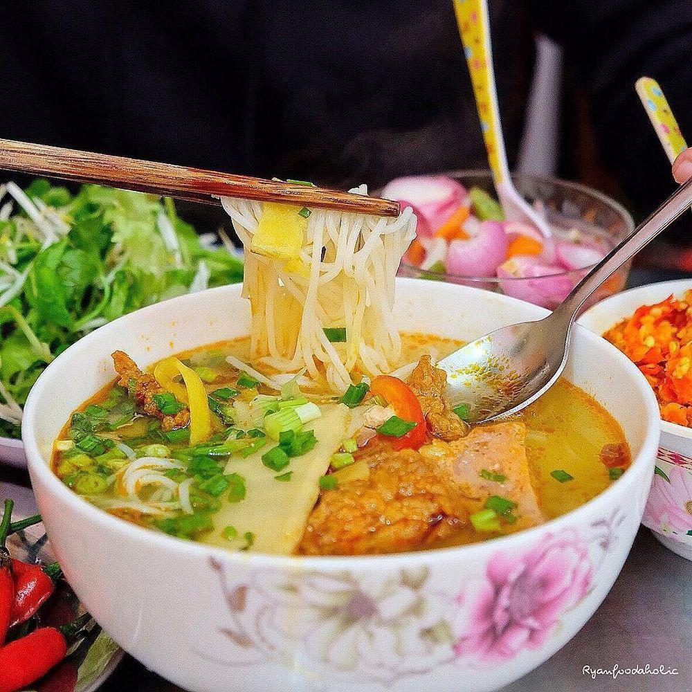 Bún chả cá:Địa chỉ: Nguyễn Chí Thanh, quận Hải Châu. Bún chả cá: Một trong những món ngon bạn không thể bỏ lỡ khi đến Đà Nẵng, ...