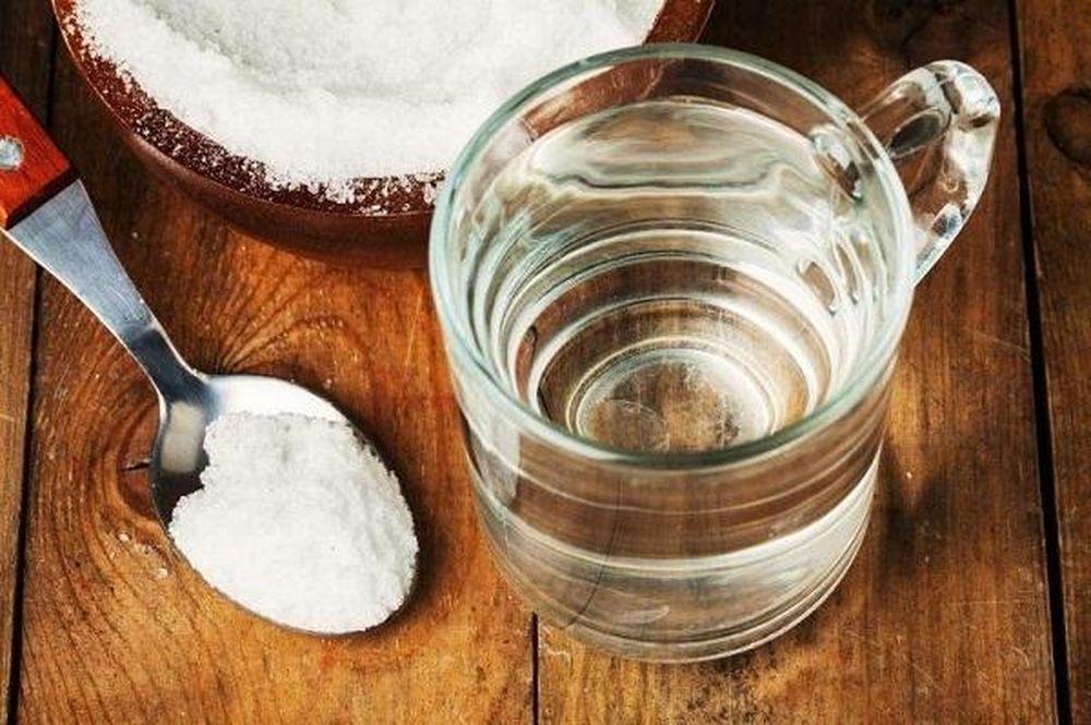 Công dụng tuyệt vời của nước muối loãng giúp thanh lọc cơ thể ...