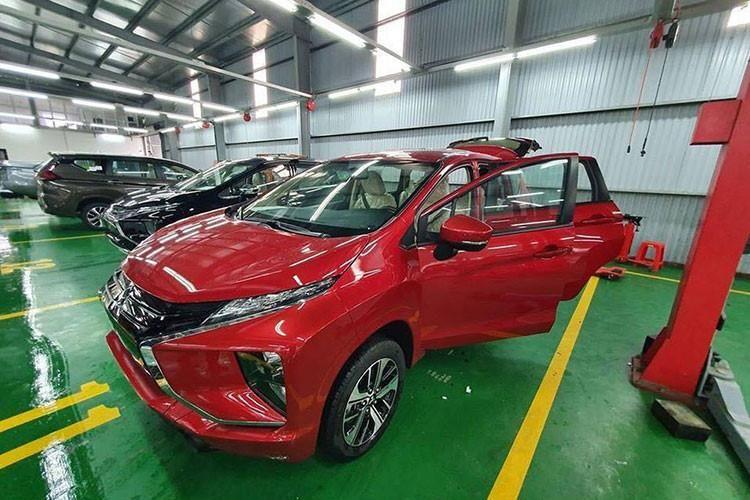 Mpv Giá Rẻ Mitsubishi Xpander Thêm Màu đỏ Về Việt Nam Báo