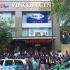 Gạt nhầm hệ thống báo cháy ở tòa nhà Vincom Center, hàng trăm người tháo chạy