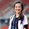 Nữ bác sĩ xinh đẹp của đội tuyển Thái Lan tại AFF Cup