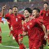 Cộng đồng mạng đưa ĐT Việt Nam 'lên mây xanh' sau trận thắng Malaysia