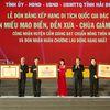 Huyện Cẩm Giàng đón nhận nhiều danh hiệu quý
