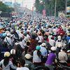 150 triệu ô tô Hyundai i10, Camry 500 triệu: Nhưng dân Việt vẫn chỉ xe máy thôi