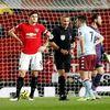 Man United đang cho thấy 2 bộ mặt trái ngược của mình ở mùa giải năm nay khi thi đấu vô cùng nhạt nhòa trước các đội bóng nhỏ nhưng lại đầy mạnh mẽ khi đối đầu với các ông lớn.