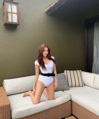 Vẻ đẹp nóng bỏng của mỹ nhân 30 tuổi Hàn Quốc