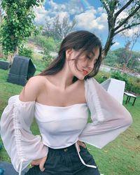 Loạt hot girl xinh đẹp nức tiếng thi đại học năm 2019