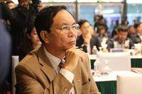 Thấy gì từ việc Phó Chủ tịch VFF Cấn Văn Nghĩa từ chức?