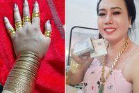 'Cô Minh Hiếu' livestream mua vàng dằn mặt người chê mình đeo đồ giả, tiết lộ mua nhiều để dành tặng fan