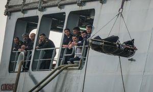 26 thiếu nữ chết bí ẩn trên biển, nghi án mạng thảm khốc