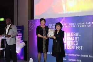 Người Việt đầu tiên nhận giải thưởng quốc tế danh giá về 'Quốc gia thông minh'
