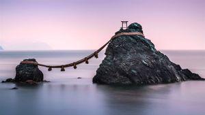 Nhật Bản lo lắng vì hòn đảo cao 1,4m biến mất