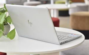 6 laptop cấu hình ổn, giá tốt dành cho sinh viên