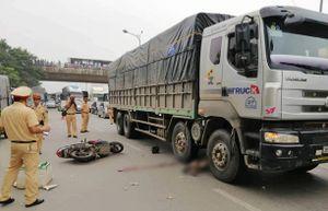 Hà Nội: Va chạm với xe tải, một người thiệt mạng