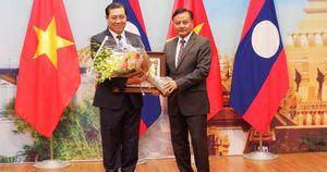 Chủ tịch nước CHDCND Lào tặng Huân chương cho tập thể và các cá nhân của TP Đà Nẵng