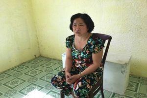 Trà Vinh: Bắt 'nữ quái' lừa cầm vàng giả