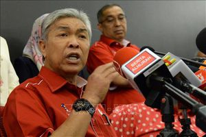 Malaysia: Áp lực nội bộ ngày càng tăng, Chủ tịch đảng UMNO từ chức