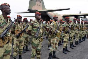 Gabon bắt giữ đối tượng cầm đầu vụ đảo chính quân sự