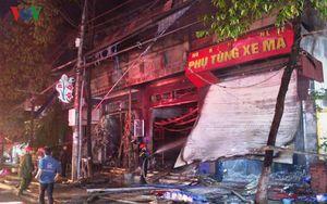 Cháy lớn cửa hàng xe máy, thiệt hại hàng chục tỷ đồng
