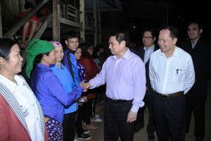 Đồng chí Phạm Minh Chính thăm, làm việc tại vùng thượng Thanh Hóa