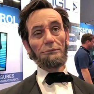 Robot AI có vẻ ngoài giống Tổng thống Mỹ Abraham Lincoln