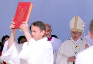Giáo hoàng Francis cử hành thánh lễ lịch sử ở bán đảo Arab
