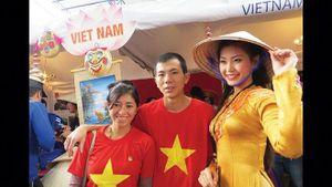 Người con tha hương và tiệm ăn Việt ở Ecuador