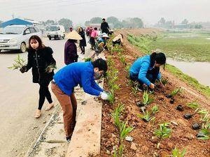Huyện Quốc Oai: Đường hoa xóa điểm đen rác thải