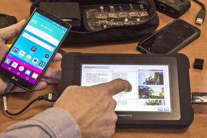 Công cụ hack điện thoại của FBI rao bán tràn lan giá 100 USD