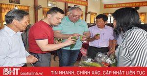 Những suất ăn đầu tiên xuất khẩu đi Châu Âu được chế biến từ nông sản Hà Tĩnh