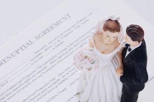Khi người trẻ Mỹ nhiều tiền, họ ký hợp đồng hôn nhân