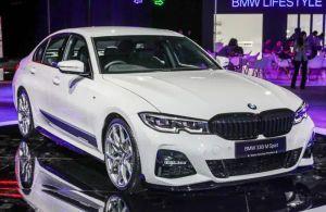 Chờ ngày về Việt Nam, BMW ra mắt phiên bản thể thao 330i M Sport