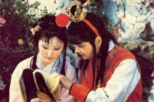 Vì sao hình ảnh Lâm Đại Ngọc chôn hoa đẹp nhất 'Hồng Lâu Mộng'?