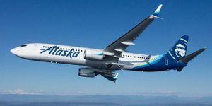 Hạ cánh khẩn cấp vì hành khách ngang ngược hút thuốc lá trên máy bay