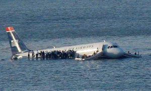 'Phép lạ sông Hudson' - chuyến bay đáp nước 10 năm trước ở New York
