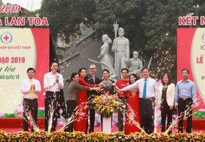 Chủ tịch Quốc hội Nguyễn Thị Kim Ngân dự Lễ phát động Tháng Nhân đạo 2019