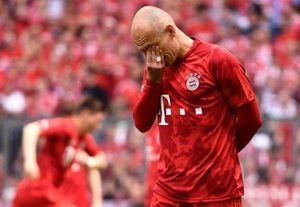 Robben và Ribery khóc trong lần cuối khoác áo Bayern Munich