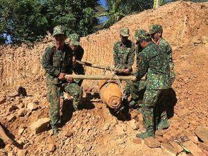 Hủy nổ thành công quả bom nặng gần 400kg
