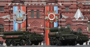Tinh hoa quân sự NATO 'tính kế' đối đầu tên lửa mới từ Nga