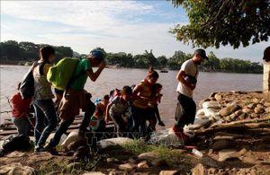 Mexico đẩy mạnh trục xuất người di cư sau thỏa thuận với Mỹ
