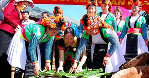 Nghiên cứu sự hài lòng của du khách đối với sản phẩm du lịch cộng đồng tại tỉnh Điện Biên