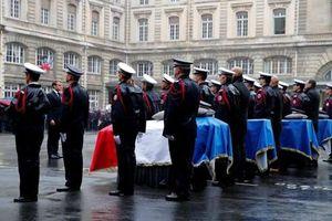 Nhân viên tình báo Paris biến thành phần tử khủng bố như thế nào?