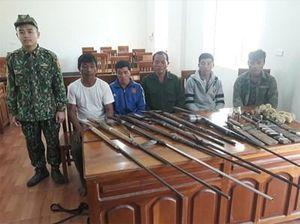 Xử phạt 4 thanh niên sử dụng súng tự chế trái phép
